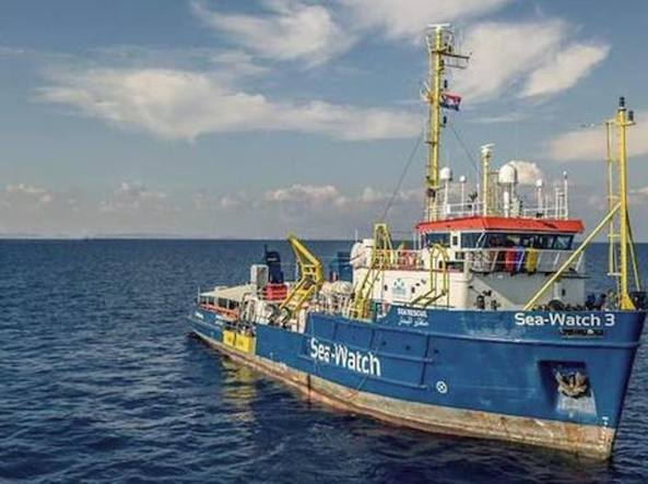 Aquarius, migranti a Valencia su navi italiane