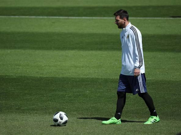 Mondiali 2018, Argentina-Islanda 1-1: ad Aguero risponde Finnbogason. Messi sbaglia un rigore
