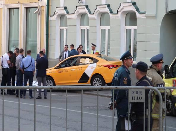 Russia, un taxi ha investito un gruppo di pedoni a Mosca