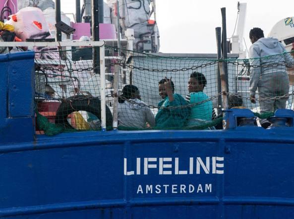 Migranti, Ong Lifeline: