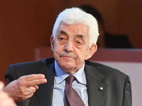 Carige, si dimette il presidente Tesauro
