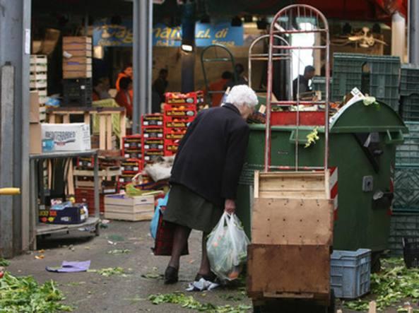 Il rapporto Istat: Sicilia, quasi una famiglia su tre vive in povertà