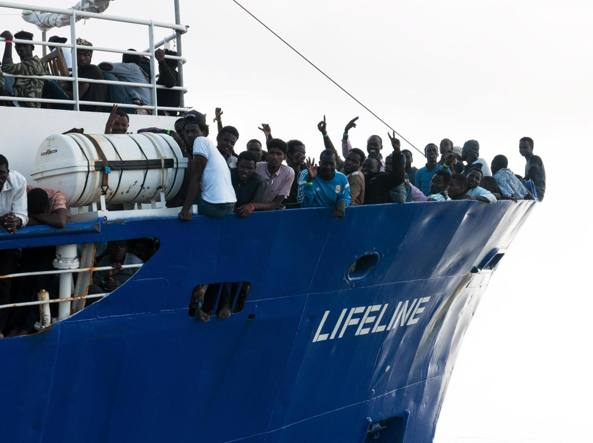 La Lifeline entra in acque maltesi