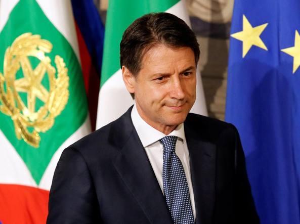 Accordo UE sui migranti: lo scontro tra Giuseppe Conte ed Emmanuel Macron