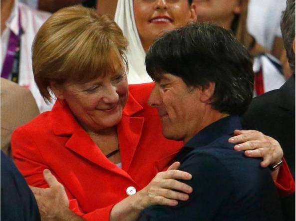 Merkel, se non 28 avanti con volenterosi
