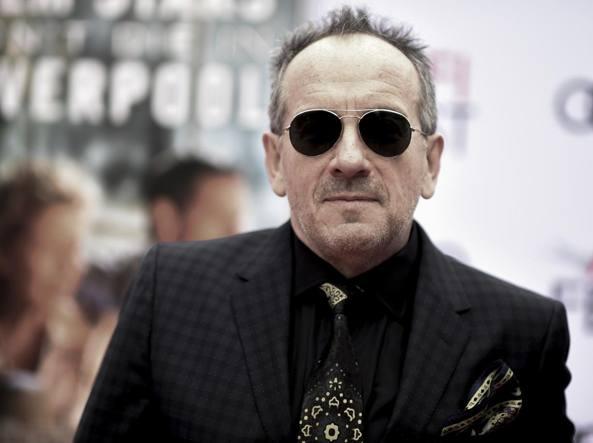 Elvis Costello annulla il tour: