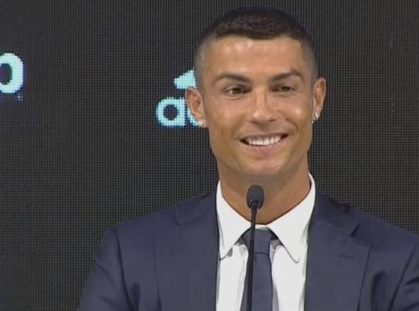 Cristiano Ronaldo si presenta alla Juve: