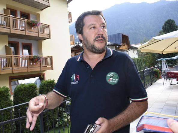 Diciotti: lo scontro Fico-Salvini prosegue a vele spiegate
