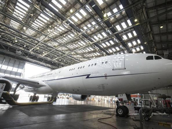 Stop al contratto Airbus voluto da Renzi, Trenta: