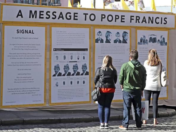 Papa Francesco ha ammesso le colpe della Chiesa sui preti pedofili