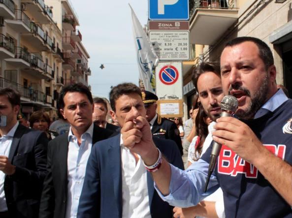 Il ministro lussemburghese interrompe Salvini: