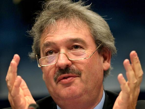 Migranti, lite tra Salvini e il ministro del Lussemburgo