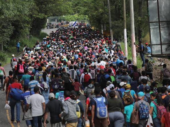 Migranti in marcia da Honduras agli Usa