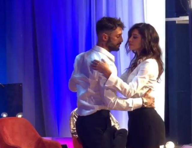 Un ballo galeotto: Belen e Fabrizio Corona di nuovo insieme