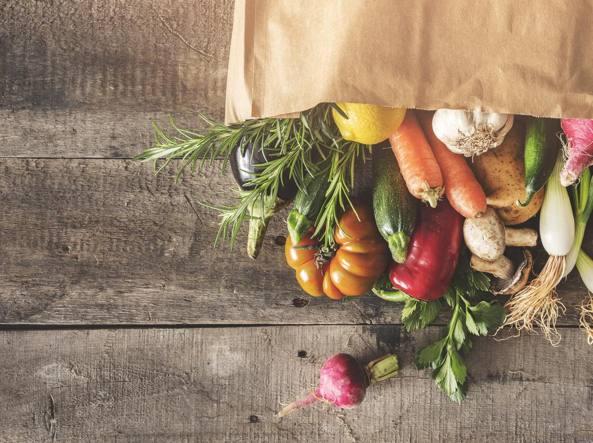 Cancro, mangiare cibo biologico riduce il rischio di svilupparlo