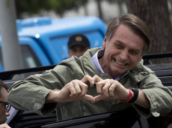 Il populista Bolsonaro eletto presidente. Salvini: