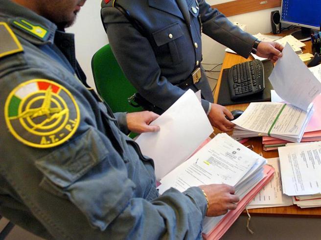 Mafie: si spartivano mercato scommesse online, 68 arresti