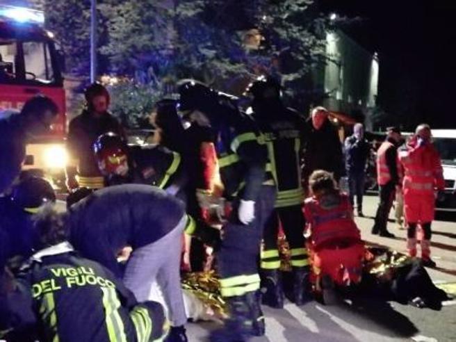 Panico al concerto di Sfera Ebbasta: 6 morti e 14 feriti gravi