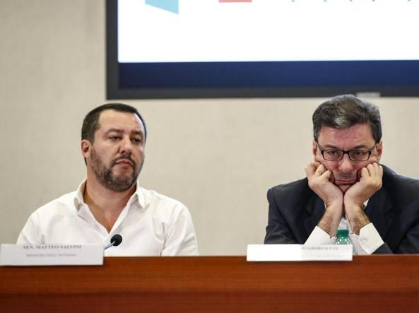 Reddito di cittadinanza, come è andata la lite Di Maio-Giorgetti
