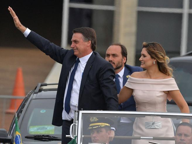 Bolsonaro è presidente del Brasile: subito stop alla demarcazione delle terre indigene