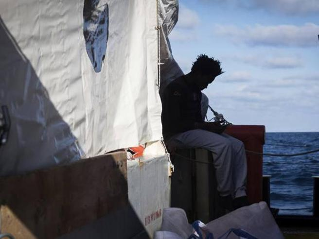 Migranti: Ue, intensi contatti per Sea Watch e Sea Eye