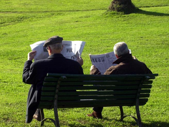 Reddito di cittadinanza a 1,4 milioni di famiglie, 27% sono single