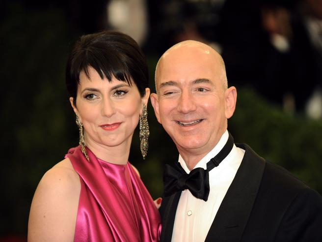 Jeff Bezos divorzia dalla moglie MacKenzie