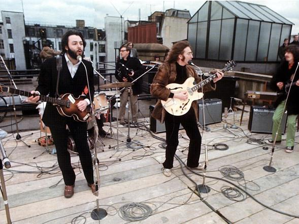 50 anni fa i Beatles sul tetto VIDEO