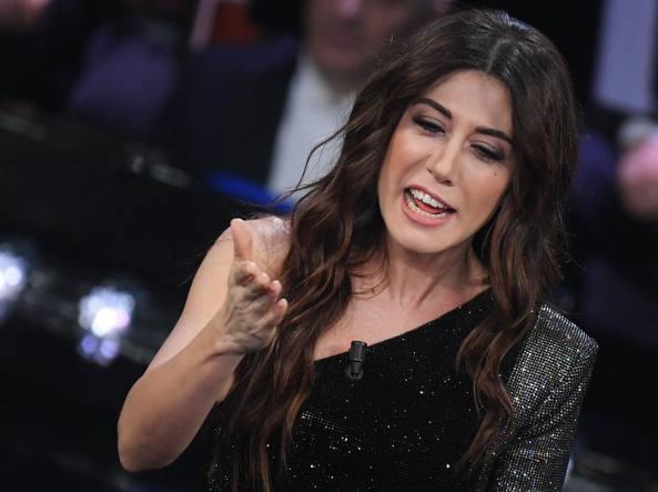 Virginia Raffaele avrebbe invocato Satana a Sanremo
