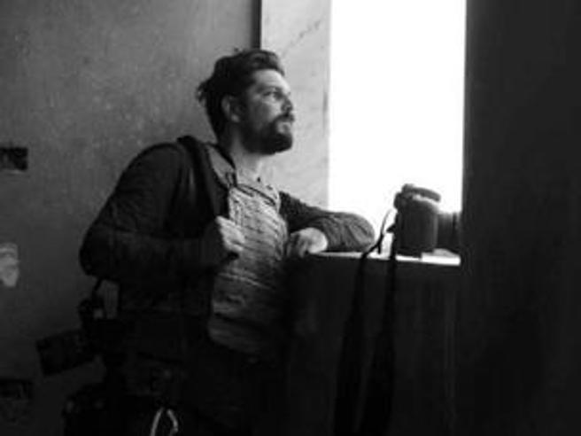 Siria, ferito fotografo italiano: non è in pericolo di vita