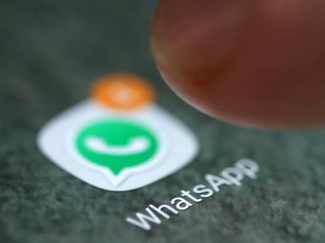 Whatsapp: sarà possibile entrare nei gruppi solo dando il consenso