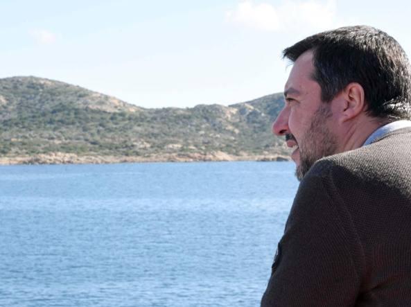 Caso Diciotti, la Giunta che blinda Salvini e un governo incerottato