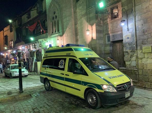 Egitto, kamikaze si fa esplodere al Cairo: 2 morti e 4 feriti