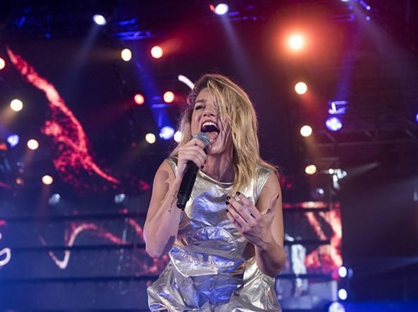 Emma Marrone, ai suoi concerti polemiche sul governo ei porti