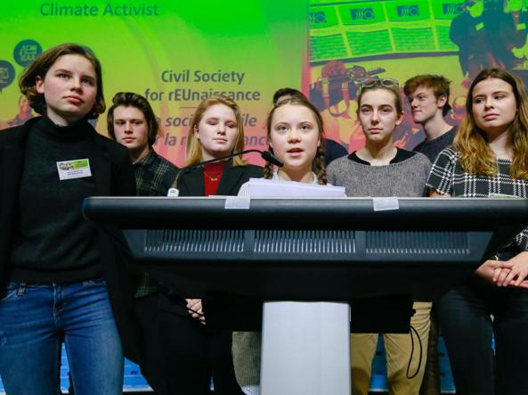 Clima, Greta Thunberg sfida Juncker ed i leader Ue: