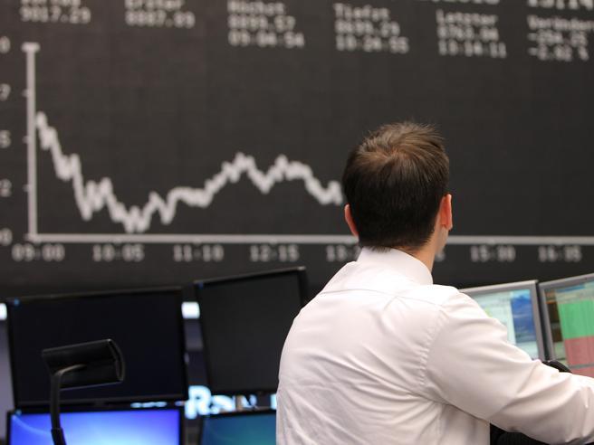 Borsa Milano cede lo 0,2%, bene Creval