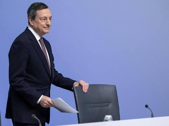 Draghi: rallentamenti di crescita nell'Eurozona