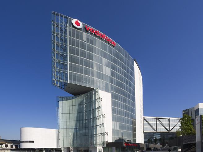 Vodafone annuncia: 1.130 esuberi in Italia, pari al 15% del personale