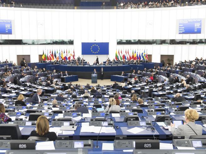 Europa, più diritti per i consumatori