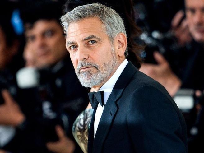 George Clooney contro il Brunei, boicottare gli hotel - Lifestyle