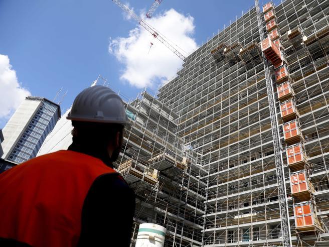 Gli sgravi fiscali del «decreto crescita». Multe e tasse locali senza sanzioni