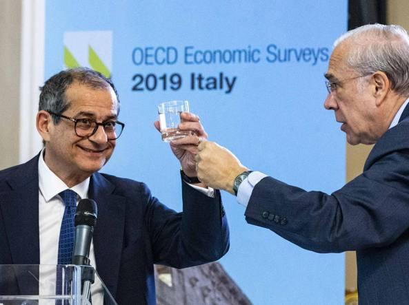 Salvini,5s ha avuto reddito,ora flat tax - Ultima Ora