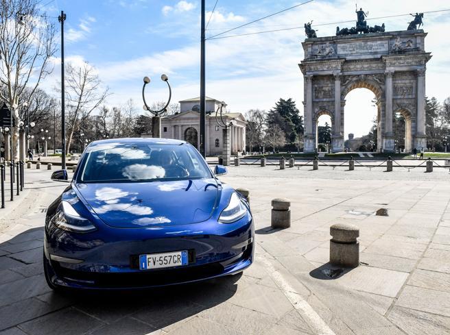 Ecobonus, al via gli incentivi per auto elettriche e ibride