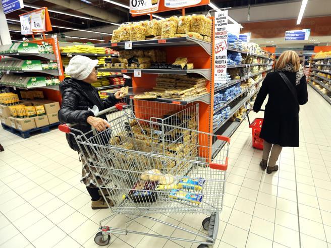 Istat: la fiducia dei consumatori ai minimi da agosto 2017