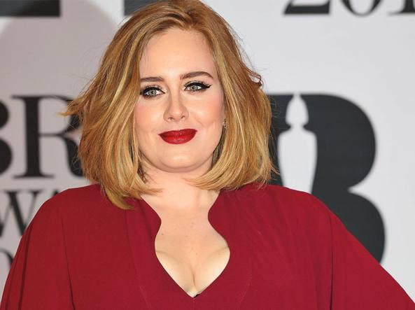 Adele si separa dal marito Simon: amore finito dopo otto anni