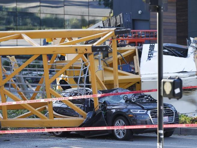 Usa, gru crolla a Seattle: 4 morti