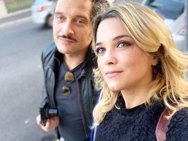Francesca Barra è incinta, Claudio Santamaria sarà di nuovo papà