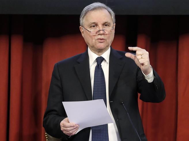 Bankitalia, l'economia frena: rischi per la finanza