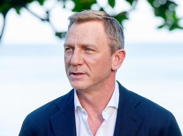 Bond 25: Daniel Craig infortunato sul set, riprese sospese