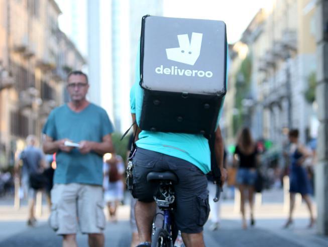 Amazon piglia tutto: $575 milioni in Deliveroo. Nuovo affronto a Uber?
